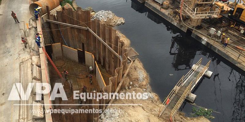 Prevenção de acidentes em obras com escoramento de solos - Estaca Prancha