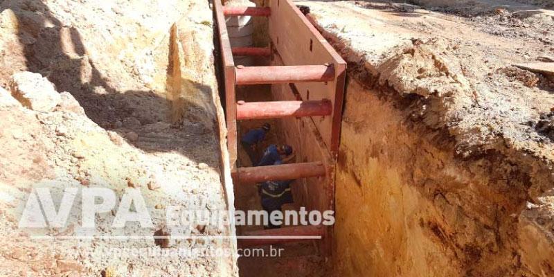 Prevenção de acidentes em obras com escoramento de solos - Blindagem de Vala